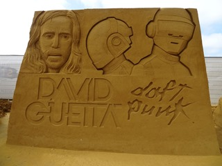 2016.08.12-066 David Guetta et Daft Punk