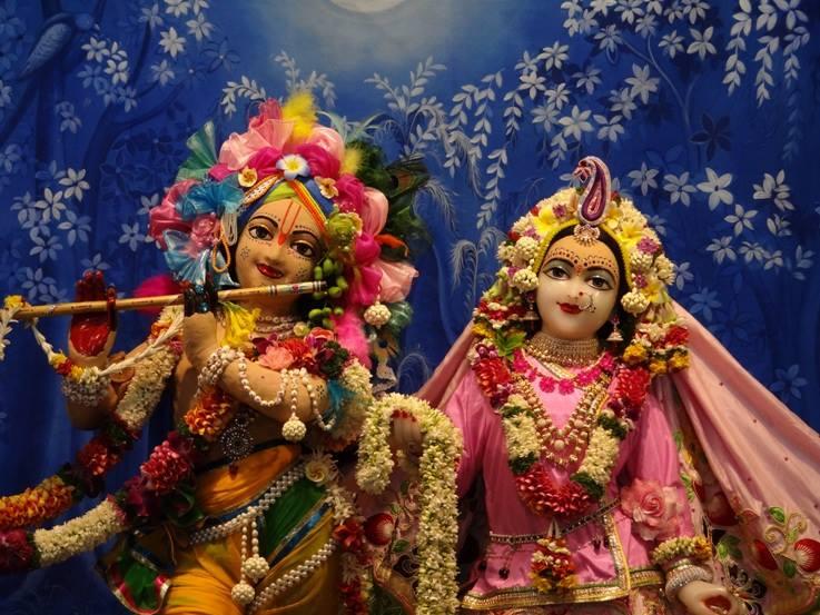 ISKCON Nigdi Deity Darshan 29 May 2016 (14)