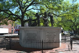 Revolutionary War Monument