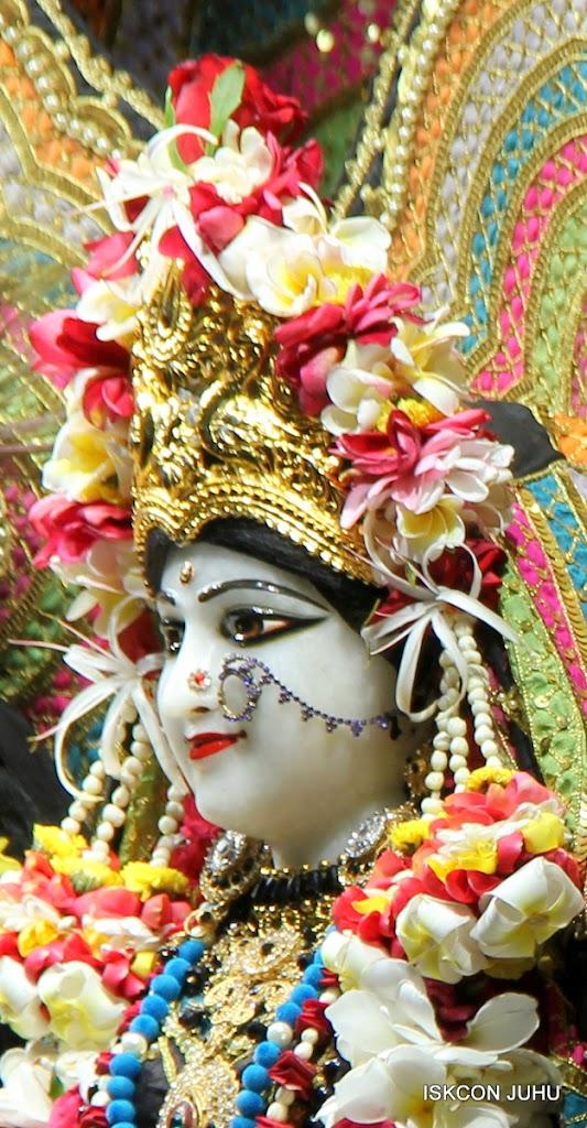 ISKCON Juhu Sringar Deity Darshan on 28th May 2016 (27)