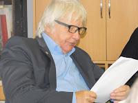 Urbán Gyula író, költő, bábrendező olvasott fel részleteket a naplóból.JPG