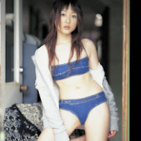 Bomb.TV 2006-04 Sayuri Anzu BombTV-as004.jpg