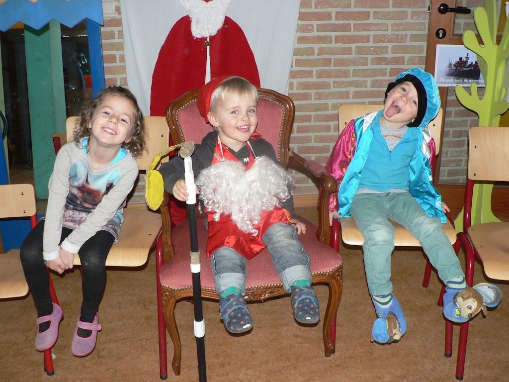 Sinterklaas op bezoek - P1270214.JPG