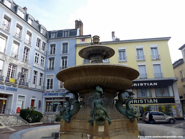 place-grenette-grenoble.JPG