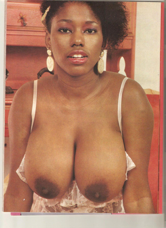 Ebony Ayes Free Porn Pics