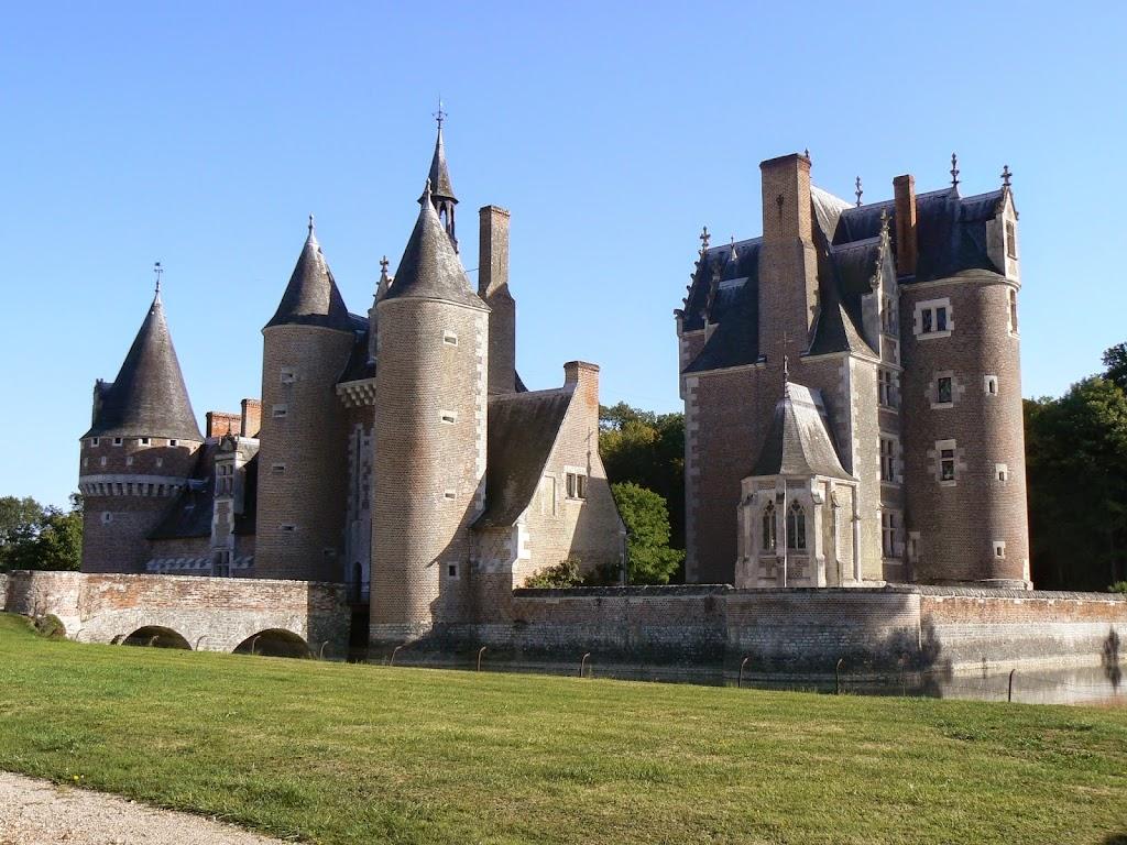 (25)chateau-du-moulin-lassay-sur-croisne©CDT41