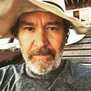 Timothy Hutton Bio, Age, Height, Life, Married, Net Worth, Religion, Allegation, Wiki