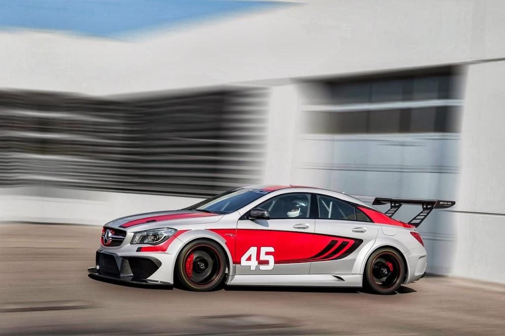 Mercedes Benz CLA 45 AMG Racer 2