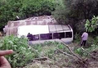 Médéa : sept morts et 28 blessés dans le renversement d'un autobus.
