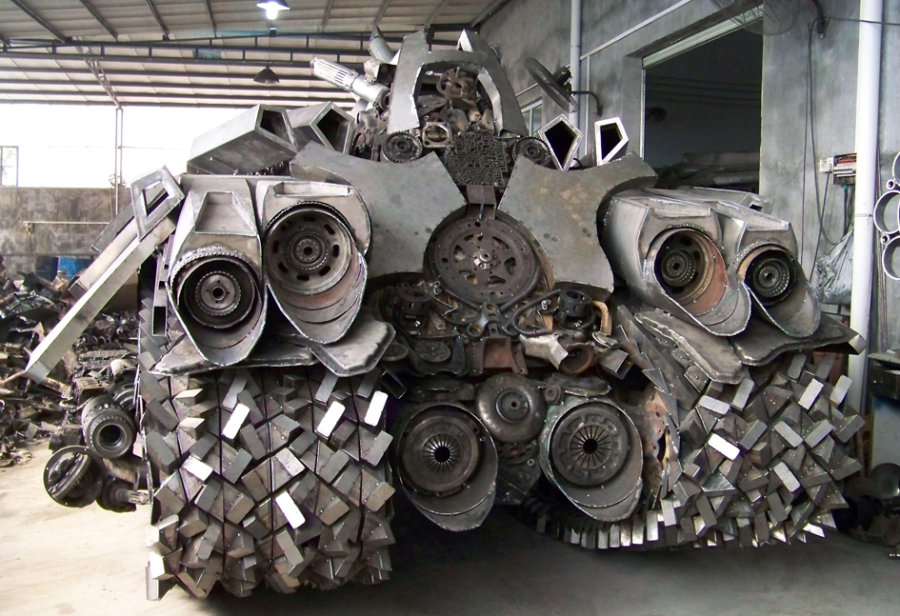 Looks Like a Car: A Chinese built the tank of Megatron
