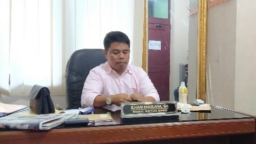 Jika Ada Lahan, Ilham Maulana Siap Anggarkan Dana Pembangunan Kantor Lurah Bukik Gado Gado Melalui Pokir.