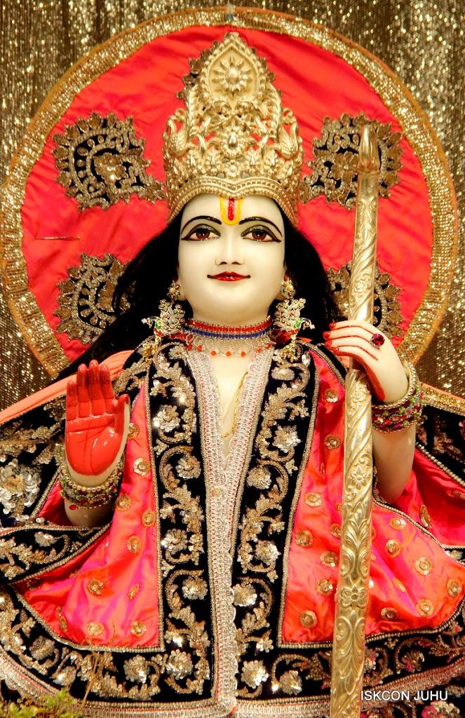 ISKCON Juhu Mangal Deity Darshan on 28th April 2016 (7)
