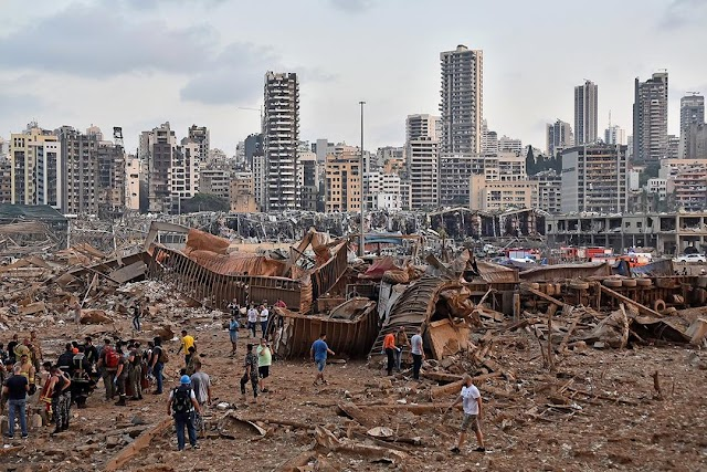 BREAKING: Massive Explosion Rocks Lebanon's Capital, Beirut #PrayForLebanon 🇱🇧