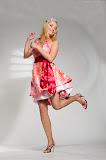 – LIP saténové šaty ručně malované foto: Petr Kuchař