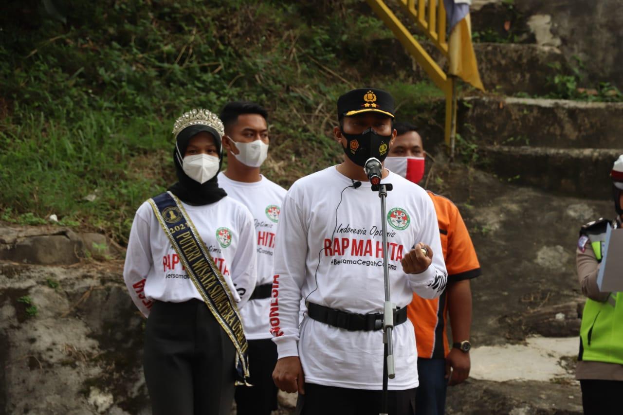 """Mencegah Penyebaran Virus Corona"""" Kapolres Madina Terapkan Hidup Sehat Para Pekerja Suru Suru All Delivery"""