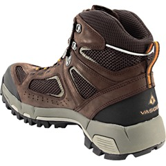 Get all the comfort you'll ever need in the Vasque Breeze 2 GoreTex Hiking Shoes. Featuring a more breathable, lighter and durable design, this hiking shoe allows your feet room to breathe and much more. Dominate your hiking adventure in style and comfort.