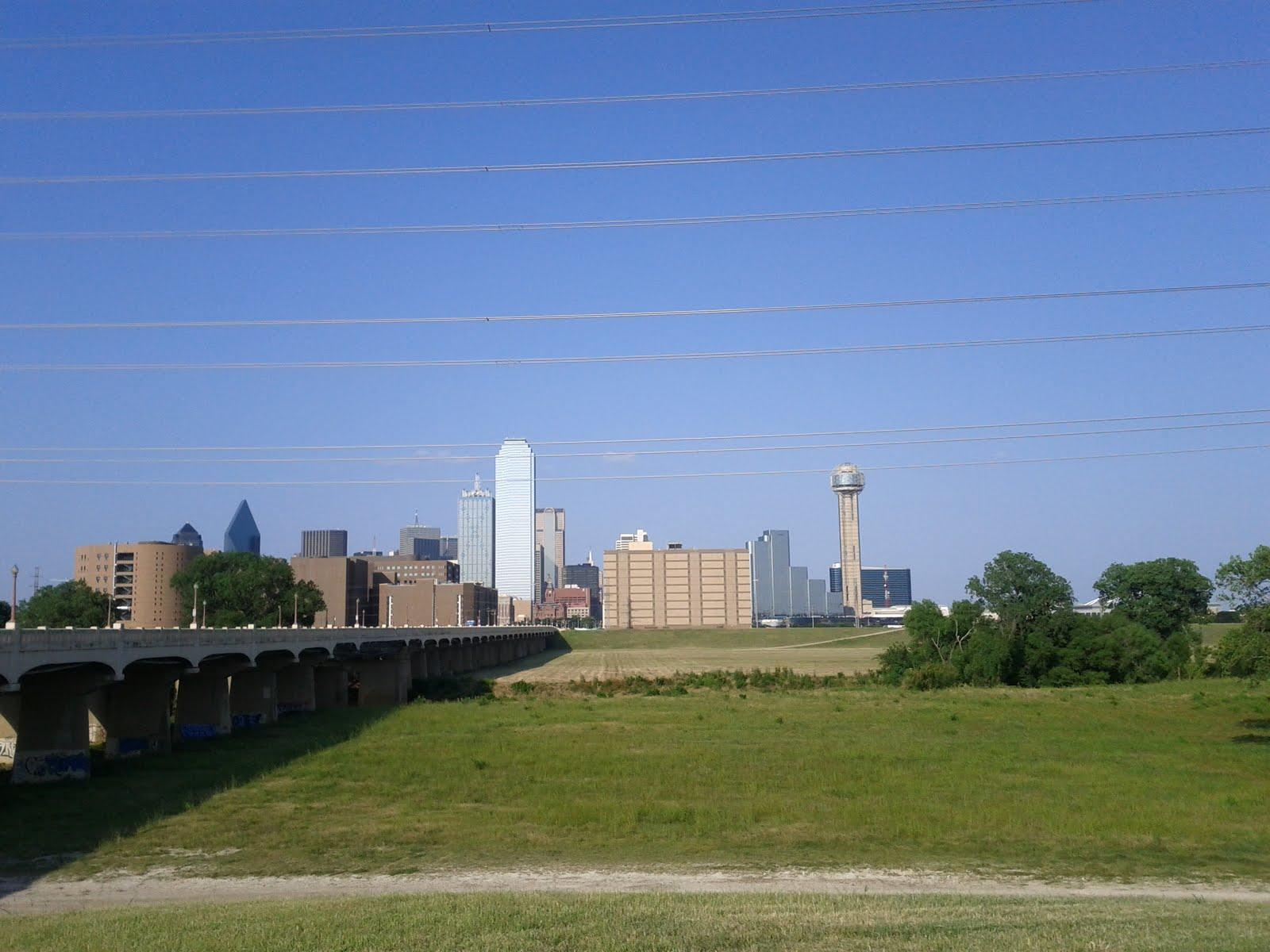 Dallas Fort Worth vacation - IMG_20110611_182718.jpg