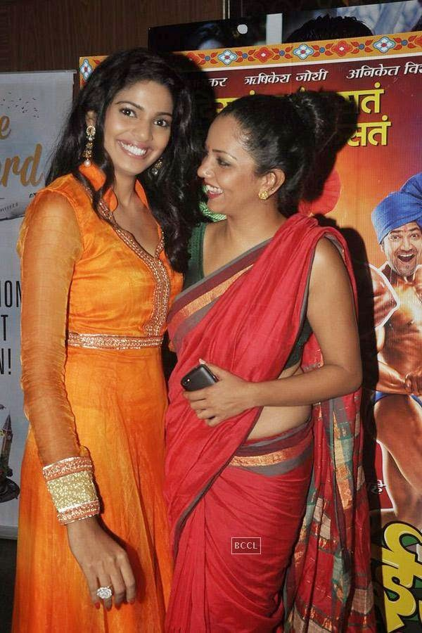 Pooja Sawant and Neha Joshi during the screening of Poshter Boyz, in Mumbai, on July 30, 2014. (Pic: Viral Bhayani)