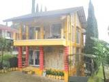 villa 20 orang untuk makrab di lembang