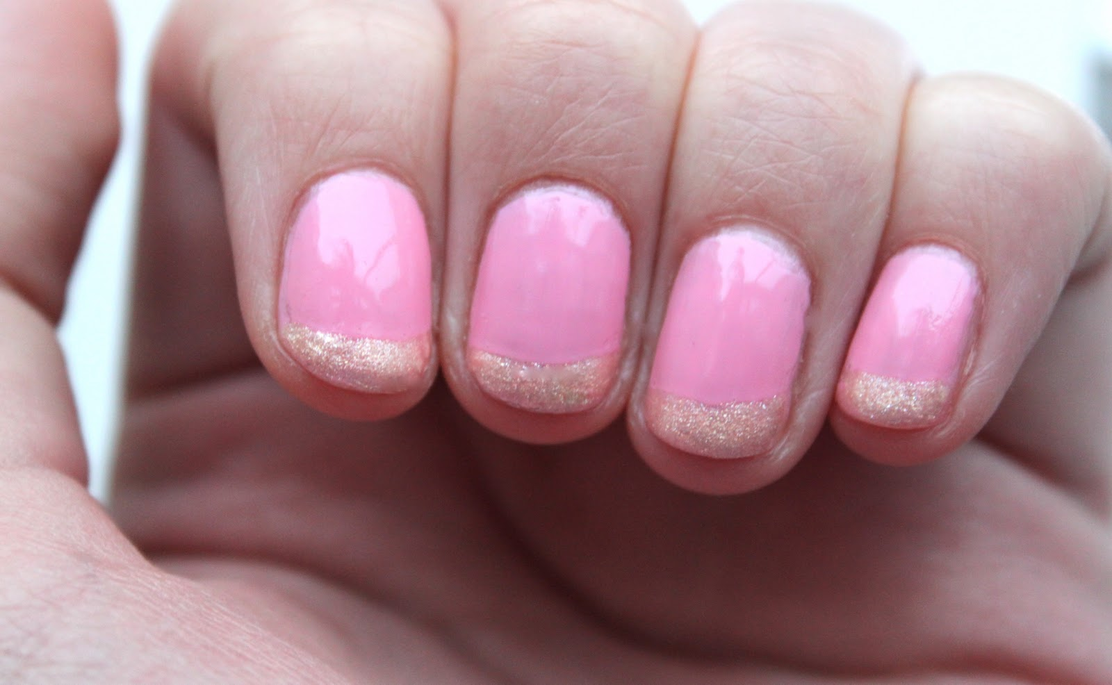 Polishes Barry M Strawberry As The Base Colour And Kiss Nail Artist Paint In Pearl Gold On Tips