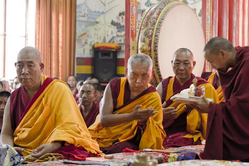 Lama Zopa Rinpoche with Dagri Rinpoche during Wangya Norbu Tangwa initations, Dheradun, 2012. Photo by Sakya Drolma Phodrang
