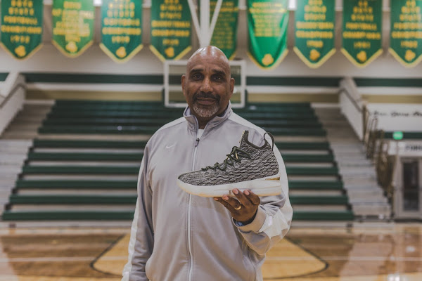 Ronnie Fieg  LeBron James Gift Exclusive LeBron 15 to SVSM