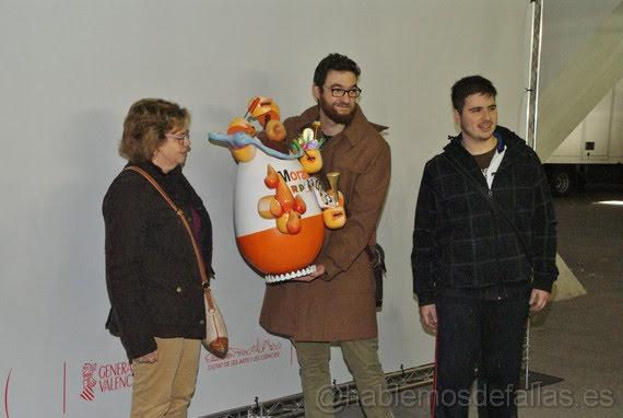 En el segundo día se completa la Exposición del Ninot. #ExpoNinot18