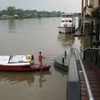 """Taxi"" to the other side of the Kuching river"