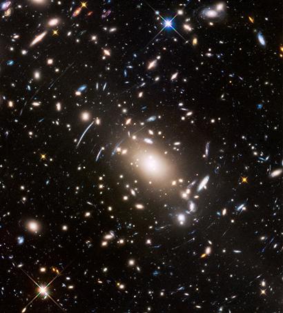 aglomerado de galáxias Abell S1063
