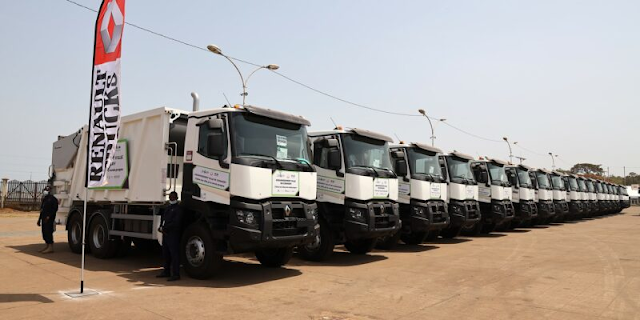 GUINEA: Anasp receives 56 trucks to improve waste collection in Conakry