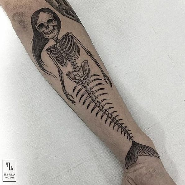 esta_sereia_esqueleto