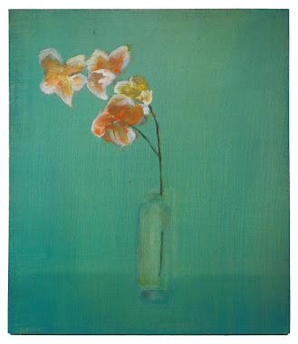 small-bright-green-vase.jpg