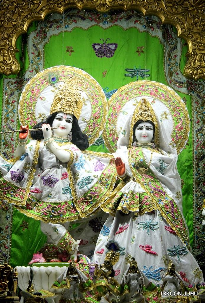 ISKCON Juhu Mangal Deity Darshan on 01st May 2016 (18)