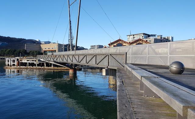 Whairepo Lagoon bridge