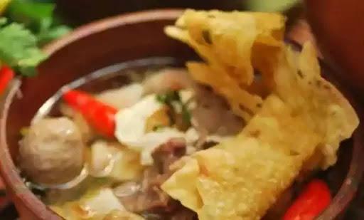 bila berkunjung ke kota bogor tanpa menyantap masakan nya yang enak dan enak 6 Tempat Wisata Kuliner Bogor Yang Wajib Di Datangi!