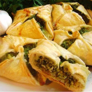 Samsa Stuffed With Cheese And Spinach