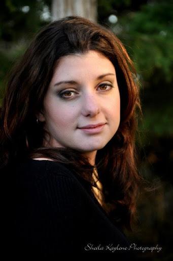 Melissa Lever Photo 7