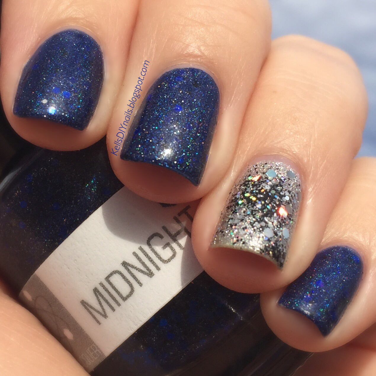 Kell\'s DIY Nails: Nerd Lacquer, Midnight & Phasma.