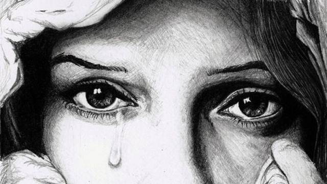 Tại sao phụ nữ lại khóc