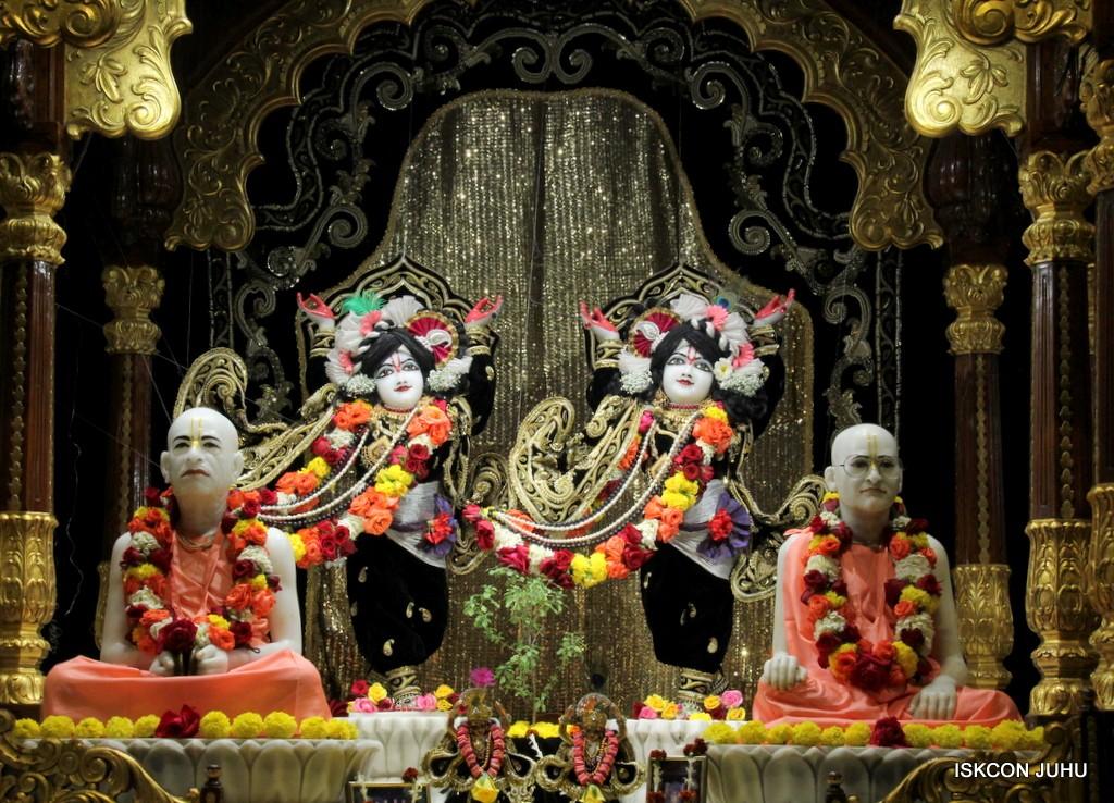 ISKCON Juhu Sringar Deity Darshan 7 Jan 2017  (38)
