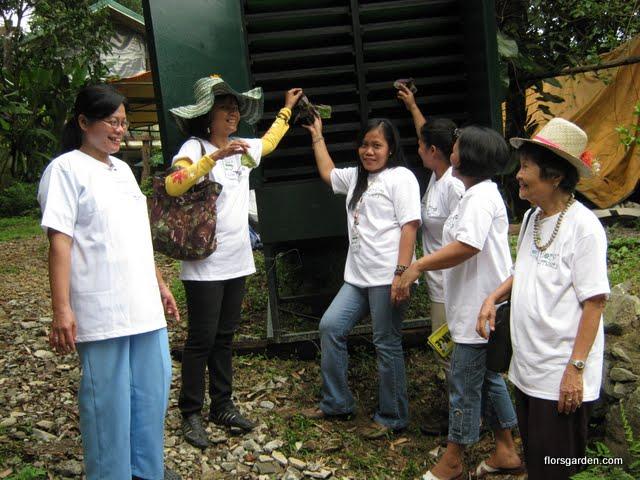 Flors Garden Staff - IMG_0329.jpg