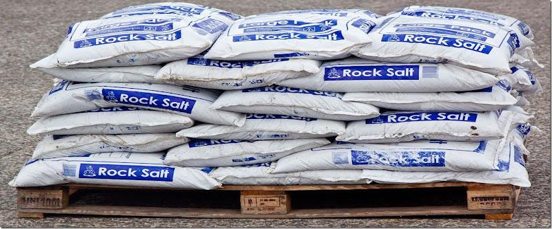 1000kg-rock-salt-including-delivery-and-vat-40-x-25kg-bags-85-p