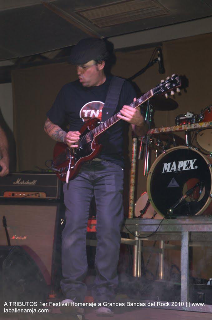 A TRIBUTOS 1er Festival Homenaje a Grandes Bandas del Rock 2010 - DSC_0206.jpg