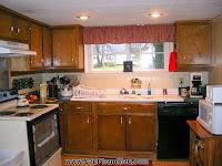 4 phòng bếp tuyệt đẹp chỉ nhờ thay đổi màu sơn