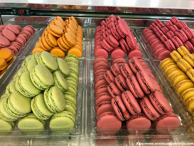 laduree-paris-macarons.JPG