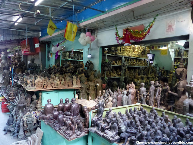 mercado-amuletos-bangkok.JPG