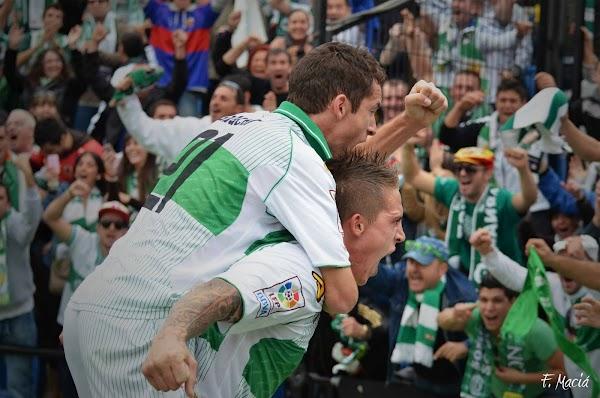El Elche apunta al ascenso tras ganar al Hércules por 1-2