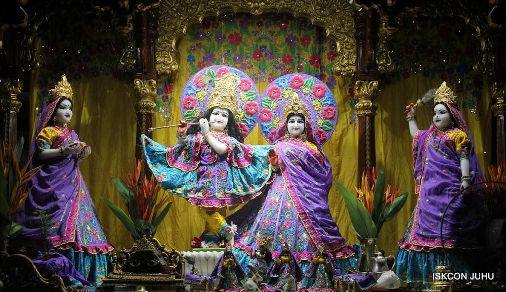 ISKCON Juhu Mangal Deity Darshan on 10th July 2016 (19)