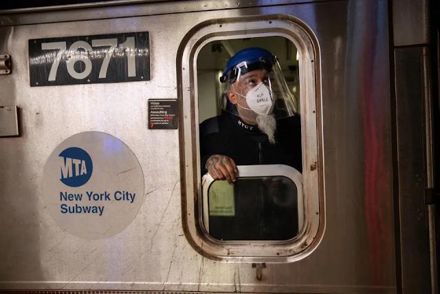 """Nueva York: Decenas vivieron  """"susto"""" en túnel de Subway tras tremendo apagón"""