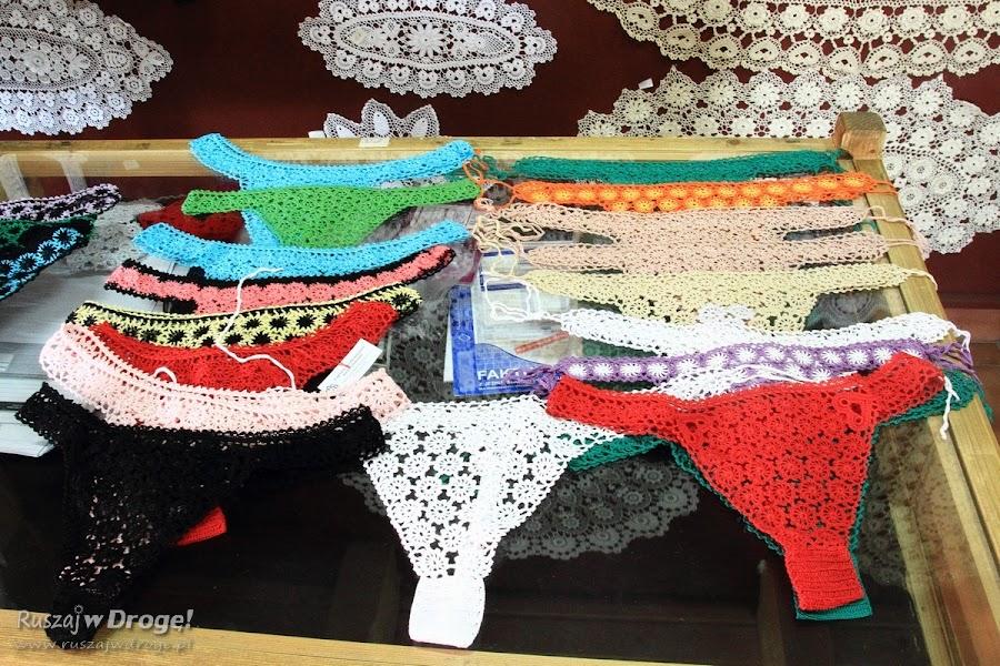 Koronki koniakowskie - stringi we wszystkich kolorach tęczy!